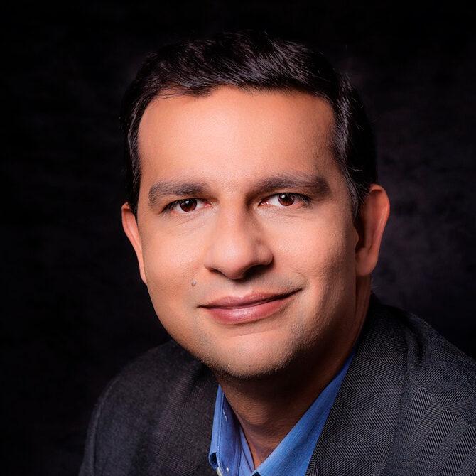 Eduardo Pantoja, CD, MD